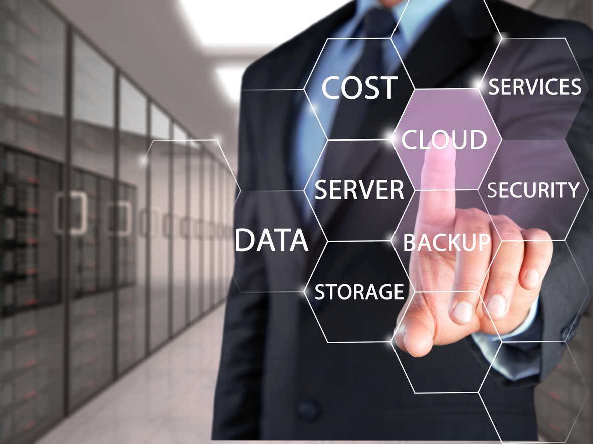 Technology Choices for Data Mobility in Hybrid Cloud